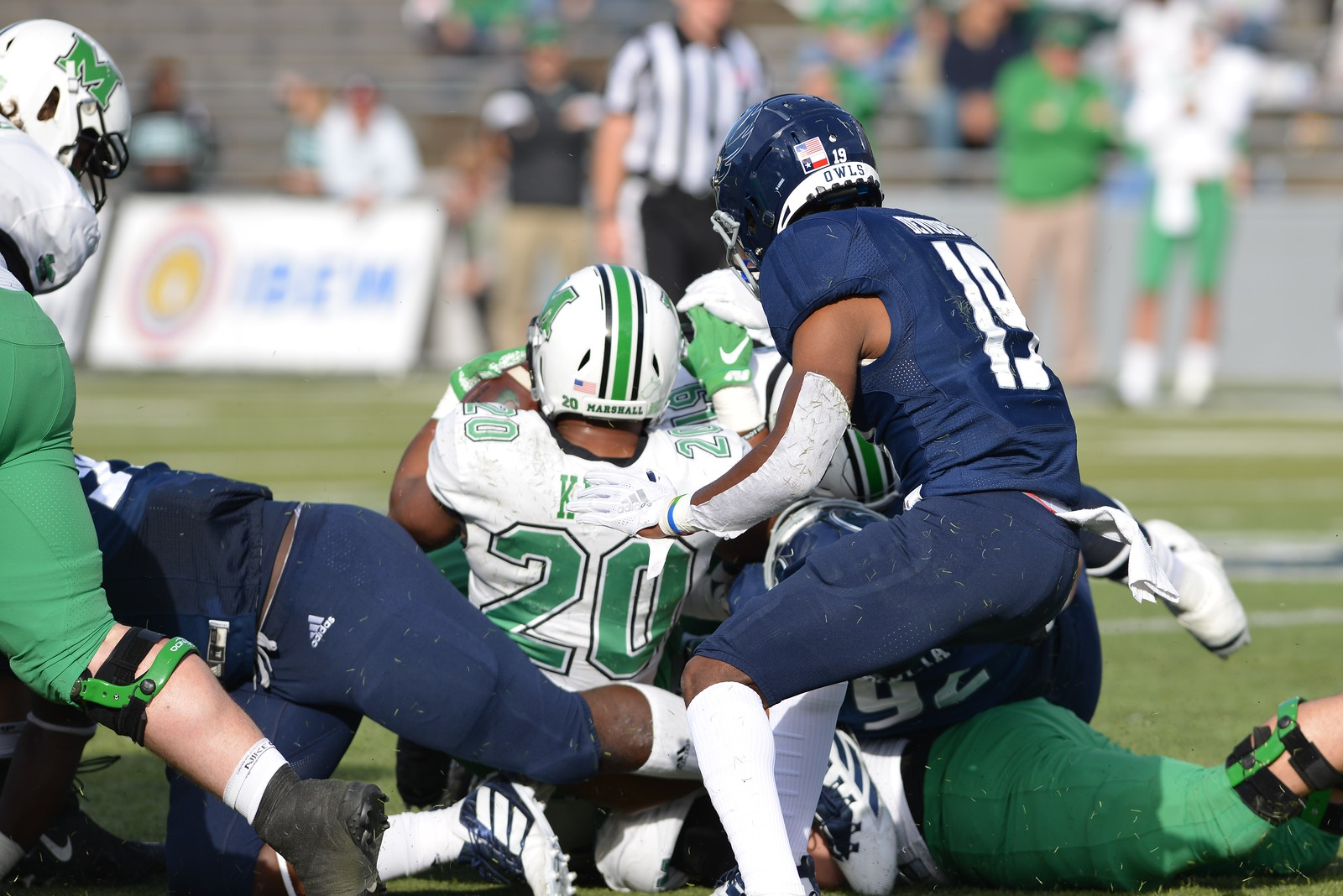 Rice Football, Tre'shon Devones